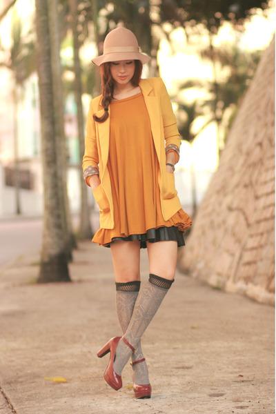 yellow Yesstyle blazer - mustard Yesstyle dress - heather gray Zara socks