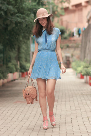 tan kate spade bag - light blue wwwromwecom dress - beige Monki hat