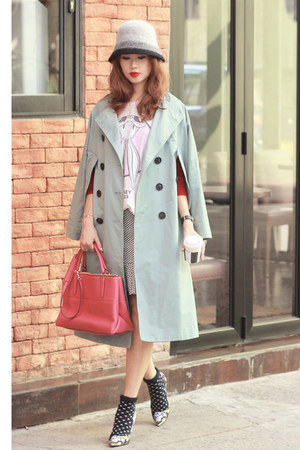 light blue Front Row Shop jacket - salmon coach bag