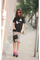 from laurustinus skirt - H&M heels - Uniqlo t-shirt - viktor & rolf heels