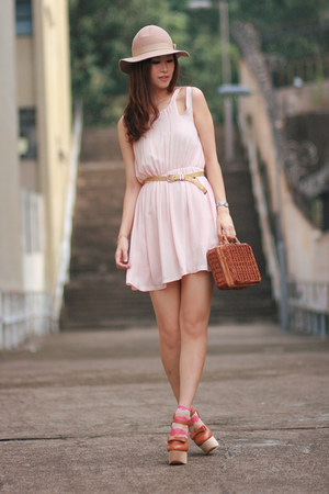 tawny Opening Ceremony heels - cream from laurustinus dress - brown Chicwish bag
