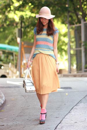 light orange from laurustinus skirt - sky blue from laurustinus vest