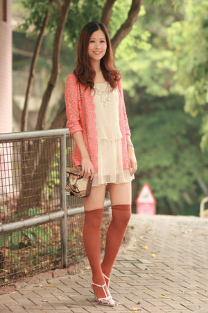 salmon romwe vintage coat - tawny H&amp;M socks - ivory Chicwish necklace