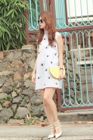yellow Monki bag - periwinkle Choies dress - ivory Valentino heels