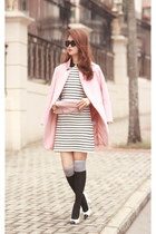 pink Valentino bag - black romwe dress - light pink Choies blazer