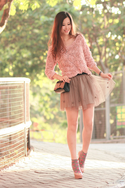 light pink asian icandy sweater - dark khaki Chicwish skirt