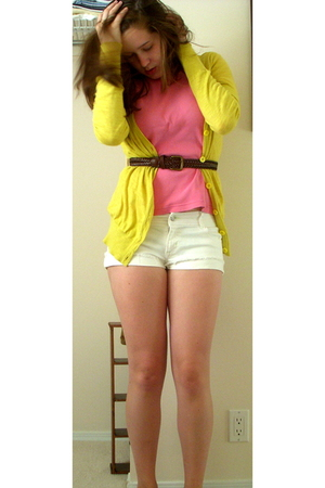 forever 21 sweater - shirt - forever 21 shorts - belt