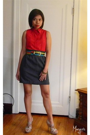 heather gray pencil skirt skirt - red sleeveless blouse