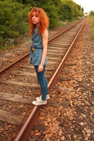 blue Topshop jeans - black Converse shoes - blue vintage Jacqueline Rieu blouse