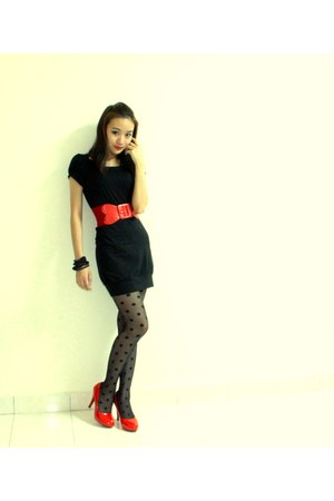 dress - stockings - shoes