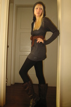 Old Navy top - Forever 21 leggings - Forever 21 boots