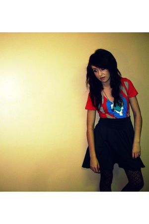 hometown hereos shirt - American Apparel skirt - le chateau leggings