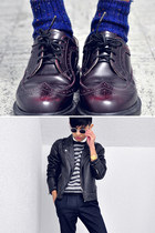 navy rainbow bits two steps ahead socks - crimson brogues doc martens shoes