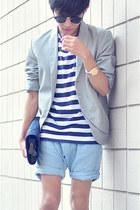 white JNBY blazer - sky blue Zara Kids shorts