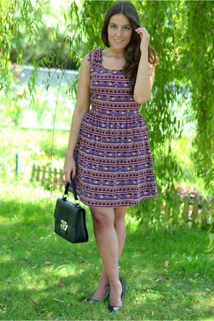 Lucloset dress - SHOESPIEL bag - Lefites heels