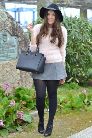 fur pink Pimkie sweater - Marypaz boots - Michael Kors bag - grey Zara skirt