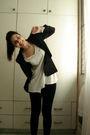Black-zara-blazer-white-zara-t-shirt-black-zara-leggings