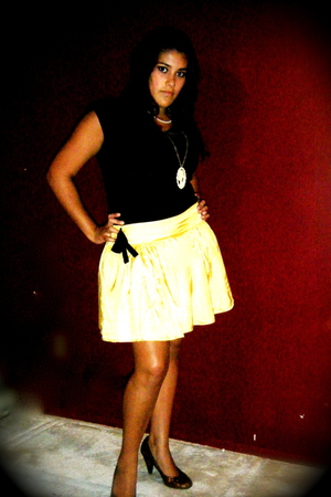 H&M shirt - Forever21 skirt - naughty monkey shoes - Forever21 necklace