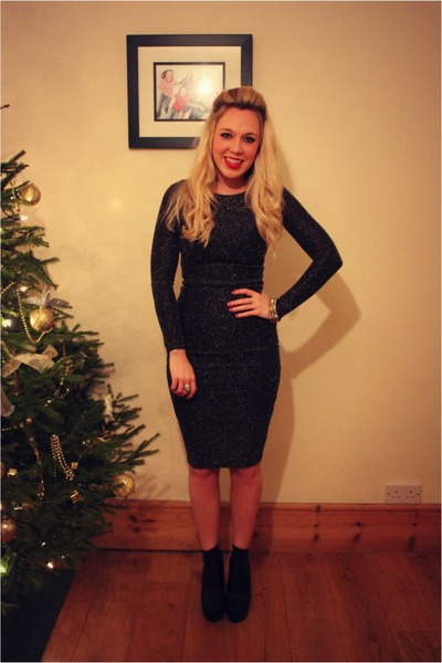 gold Topshop dress