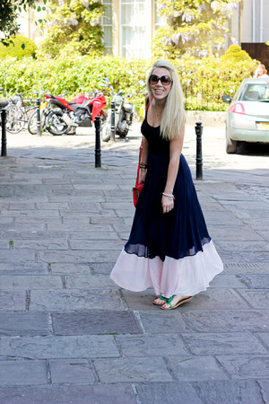 pleated French Connection skirt
