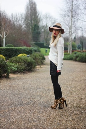 fedora Anthropologie hat - Monki jumper - leather H&M skirt