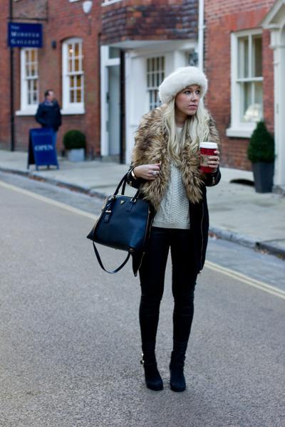 leather Topshop leggings - fur trim Missguided coat - cream Topshop jumper