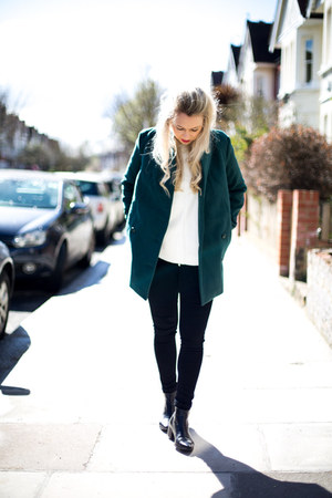green coat Chicwish jacket