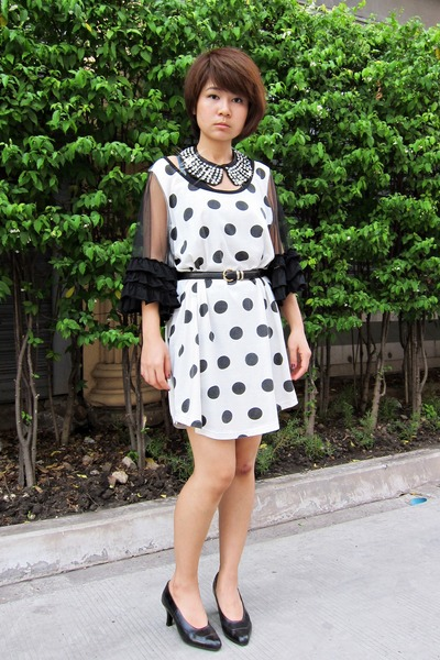white no brand dress - black collar PAMA-CO SHOP accessories