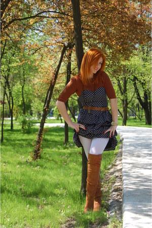 tawny Progetto boots - navy H&M dress - crimson Mango top