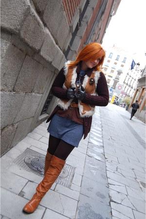 tawny Progetto boots - navy vintage dress - tawny Pimkie vest