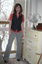 gray thirfted merona target vest - red Thrifted Banana Republic blouse - green t