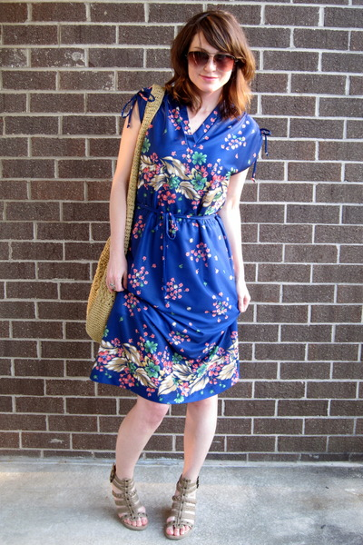 blue dress - beige Eddie Bauer purse - beige Blowfish shoes