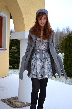 Zara boots - charcoal gray Zara dress - H&amp;M hat - nude H&amp;M blazer