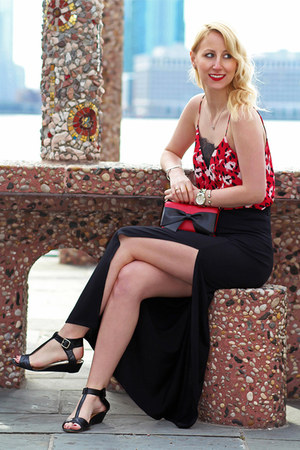 red bow kate spade bag - black maxi Dynamite skirt - red Dynamite top