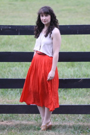 red threadcase skirt - off white Megan Nielsen top