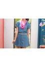 Hot-pink-simones-closet-accessories