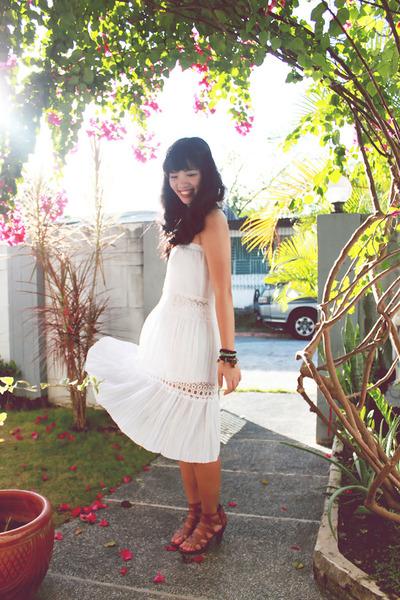 light brown vintage shoes - white vintage dress
