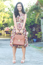 brick red vintage dress - tawny vintage bag - cream Chick Flick heels