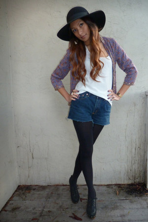 violet Forever 21 blazer - navy Levis shorts