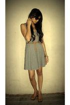 gray f21 dress - brown f21 belt - brown miz mooz shoes - black aj morgan sunglas
