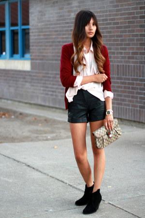 black f21 shorts - neutral H&M blouse - brick red Zara cardigan