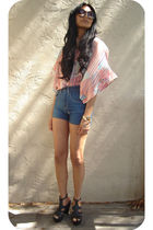 red love21 top - blue 18th Amendment shorts - black Steve Madden shoes