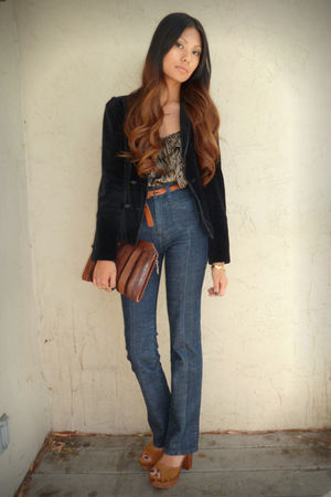 black Lux blazer - gray Dolce Vita top - blue Lux jeans - brown Jeffrey Campbell