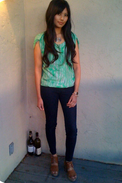 green Forever 21 top - blue Forever 21 jeans - brown Jeffrey Campbell shoes - go