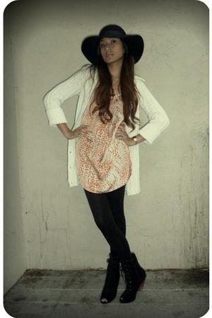 black Deena & Ozzy boots