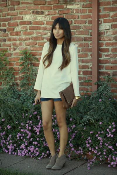 camel Steven boots - navy Levis shorts - cream Zara blouse