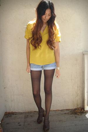 yellow love21 blouse - blue Levis shorts - brown Steve Madden