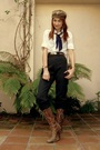 Brown-vintage-hat-white-forever-21-shirt-gray-vintage-pants