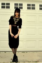 black thrift dress