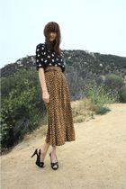 brown thrift skirt
